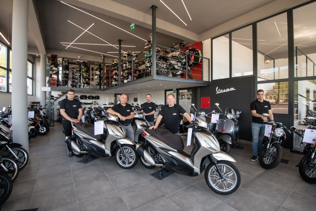 [FOTO/VIDEO] Centar skutera i motocikala Moto Matušić uselio u novi prodajno servisni salon