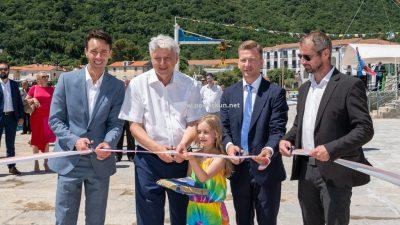 [VIDEO/FOTO] Svečano otvorena nova riva, župan Komadina: Ovo je najveće ulaganje u pomorsko dobro od kad postoji Mošćenička Draga