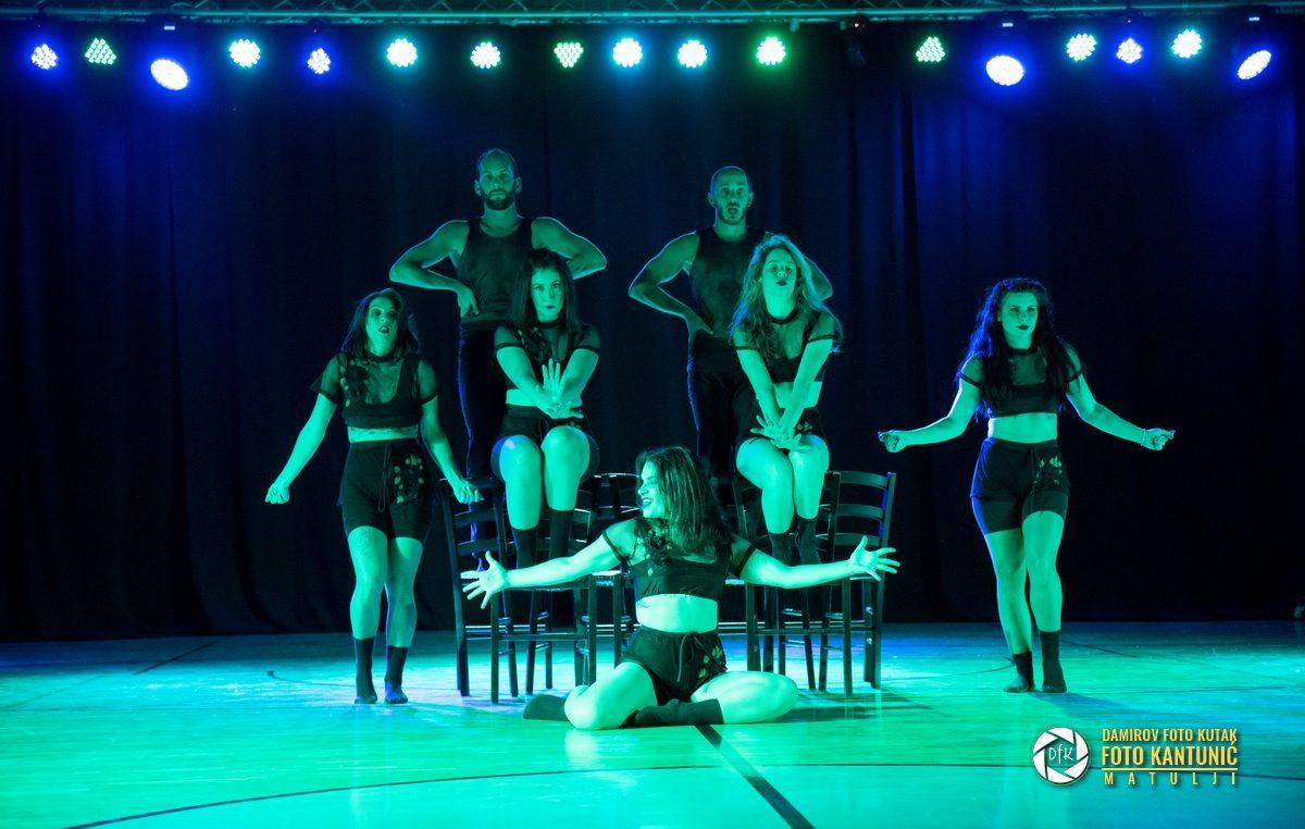 [FOTO/VIDEO] Održana plesna predstava 'Bohemian rhapsody' u izvedbi plesne skupine Flame i DJ-a Alexa Sabattinija @ Matulji