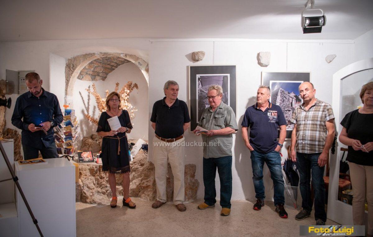 [FOTO] Istog Duško Žorž sjajnim motivima ispunio galeriju Eugen K. u Brseču