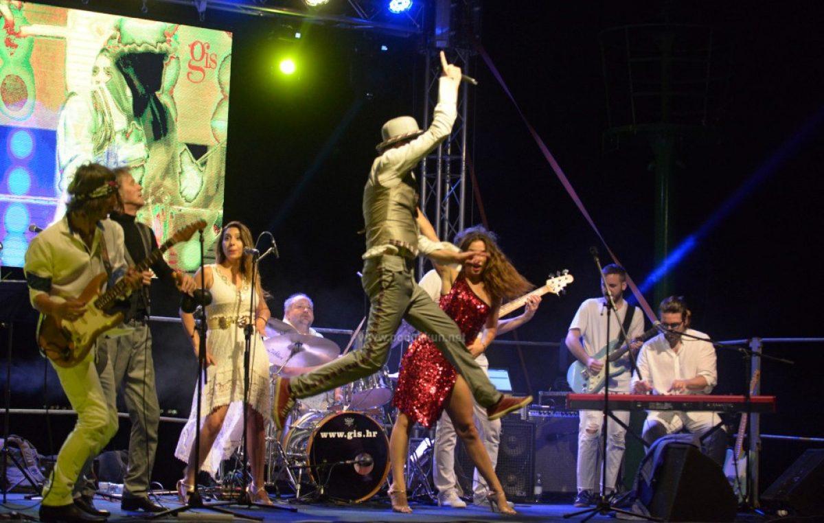 [FOTO] Sjajnom svirkom na novoj draškoj rivi otvoreno ovogodišnje izdanje Jerry Ricks Blues Festivala
