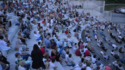 Ulaz na nedjeljnu predstavu moguć i bez covid potvrda, u slučaju kiše program se seli u dvoranu