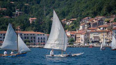 [FOTO/VIDEO] 12. Smotra i regata tradicijskih barki na jedra je praznik pomorske baštine