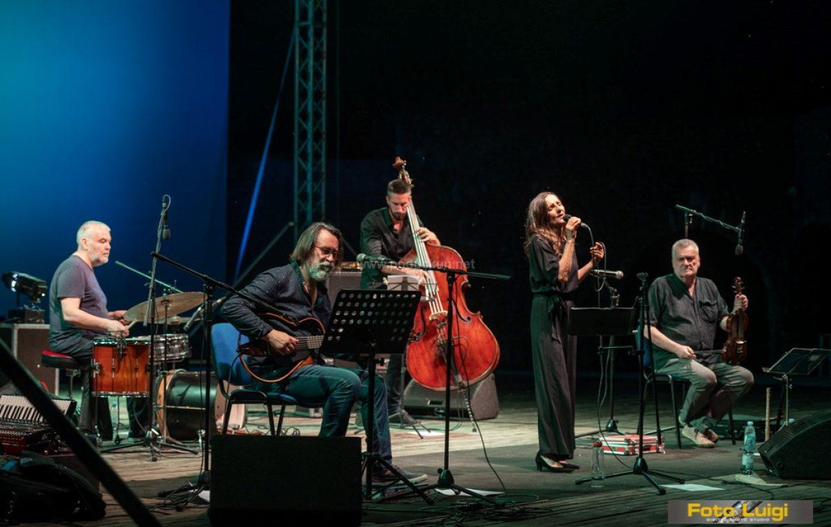 [FOTO/VIDEO] Tamara Obrovac otvorila ovogodišnji Liburnia Jazz Festival