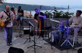 [VIDEO] Zvonimir Radišić trio ispunio vološćansku placu sjajnim jazzom