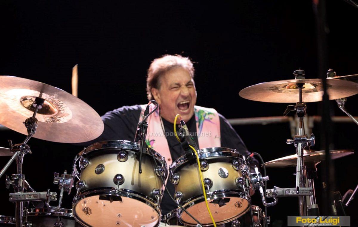 Svjetski poznati jazz bubnjar Tullio De Piscopo oduševio drašku publiku
