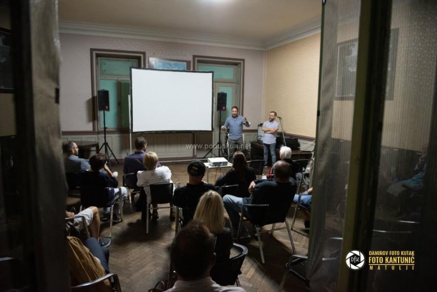 foto cekaonica staciona pretvorena u kino dvoranu film i zeljeznica u fokusu posebnog programa history film festivala