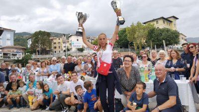 [VIDEO/FOTO] Svjetska prvakinja u sportskom ribolovu Marina Mavrinac Matulja dočekana ogromnim pljeskom i bakljama @ Lovran