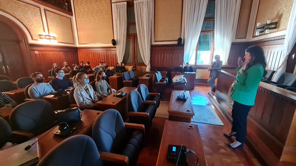odrzano predavanje za studente pravnog fakulteta u sklopu projekta klinika za javno pravo